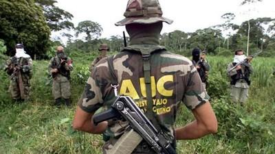 """Los escuadrones de la muerte y los sicarios siguen """"limpiando las calles"""" colombianas"""