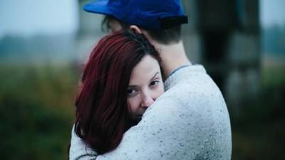 La gente explica los motivos por los que engaña a sus parejas