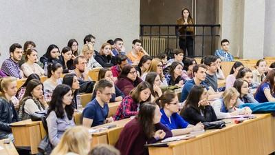 Cum se vede noua generație de studenți români la medicină prin ochii profesorului lor