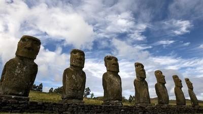Residentes de la Isla de Pascua quieren acabar con el turismo masivo para salvar su patrimonio