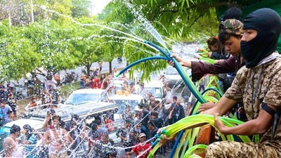 Myanmar's Water Festival Is an Alcohol-Fueled, Misogynistic Mess