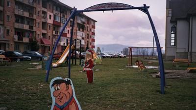 """Fotografii din """"orașul fantomă"""" al României"""