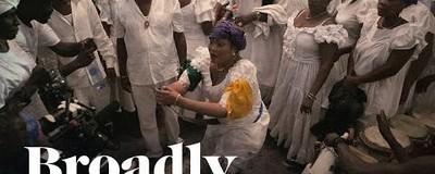 Vrăjitoarea care invocă spiritele pentru vindecarea victimelor cutremurului din Haiti