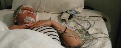 Am dus-o pe mama la o clinică de somnologie din București, ca s-o vindec de coșmaruri