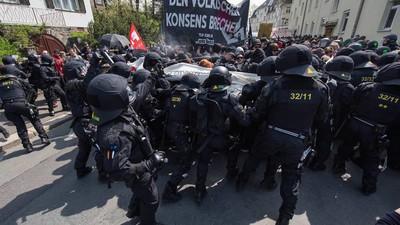 """""""Straight to Hell"""" und """"NSDAP-Methoden"""" – Wenn ein Ministerpräsident Antifaschisten als Arschlöcher bezeichnet"""
