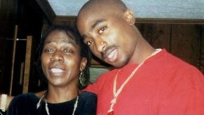 Morre Afeni Shakur, a mãe da eterna lenda do hip-hop Tupac
