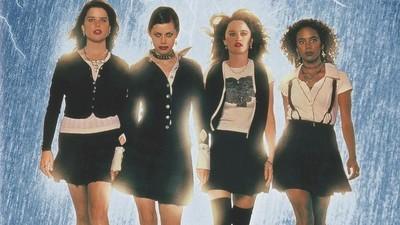 'Jóvenes brujas' demostró el poder de las adolescentes e hizo que la brujería fuera cool