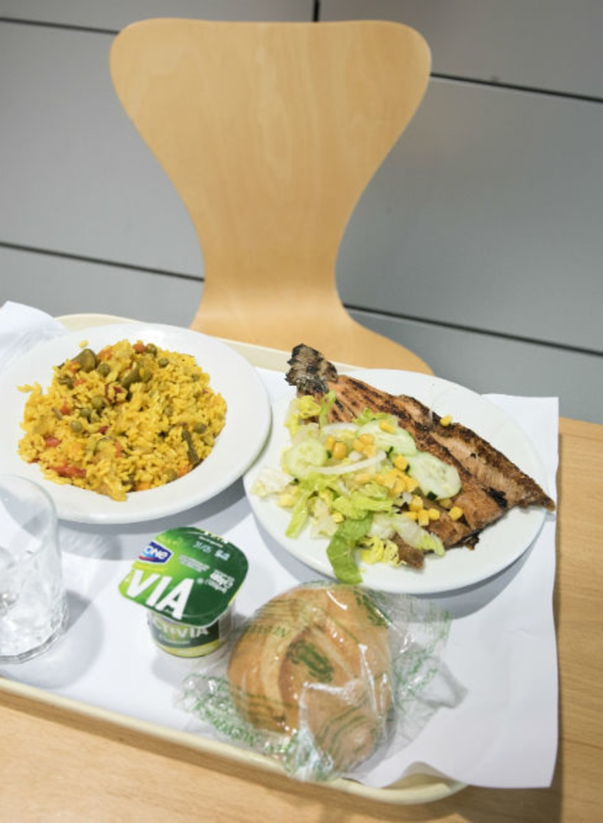 Fotos de lo que los madrileños comen en el trabajo