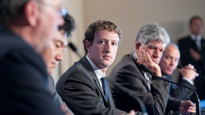 Come Facebook sta diventando un organo politico
