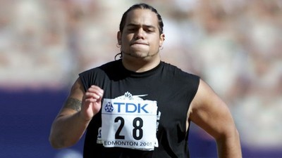 Así es correr los cien metros planos cuando pesas más de cien kilos