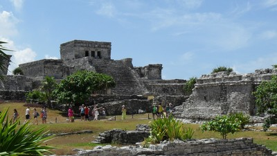 That 15-Year-Old Kid Probably Didn't Discover a Hidden Mayan City