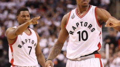 Raptors' DeRozan and Lowry Finally Do the Heavy Lifting Together