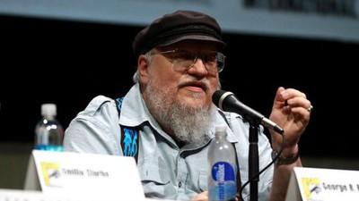 """Singurul scriitor de care-i pasă internetului e autorul """"Game of Thrones"""""""