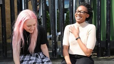 Een lesbienne legt uit hoe je vrienden kan blijven met je ex