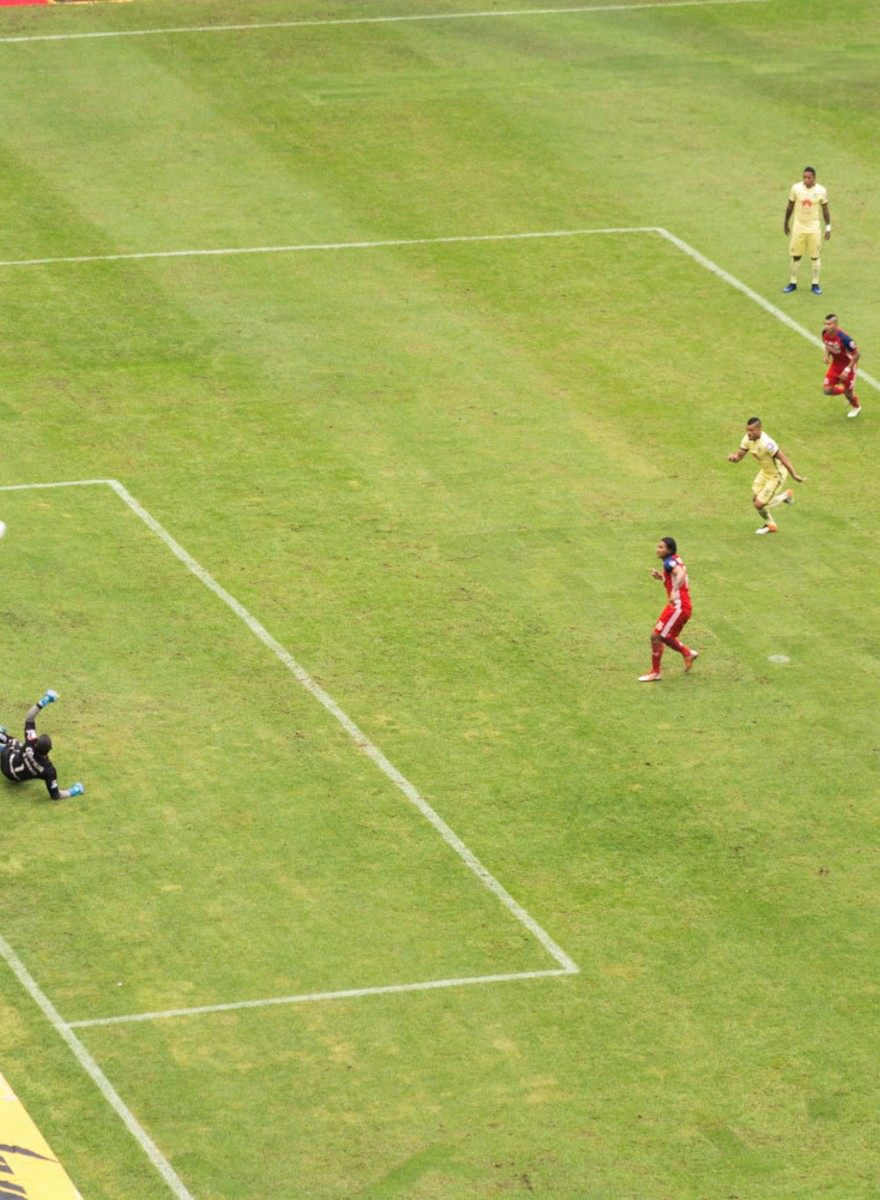 Fallar un penalti ni es tan importante: postales del Chivas vs América