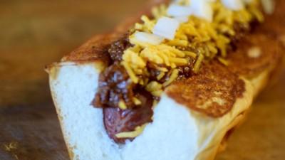 Het duurt 31 uur om deze hotdog te maken