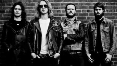 Death Alley en Shaking Godspeed kunnen niet langer met lede ogen aanzien hoe rock 'n roll de nek wordt omgedraaid