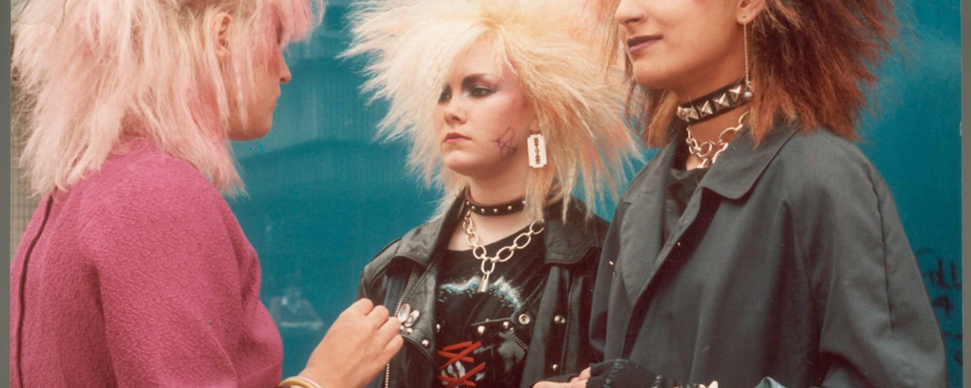 Cum arătau primii punkeri din anii 80