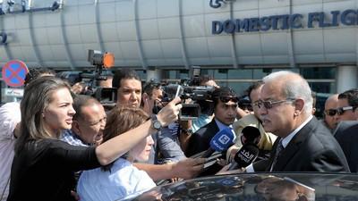 Egyptian Military Finds Debris, Passenger Belongings from Missing EgyptAir Flight