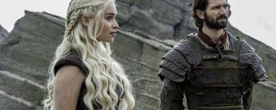 Ce naiba se întâmplă în fotografiile astea noi din Game of Thrones?