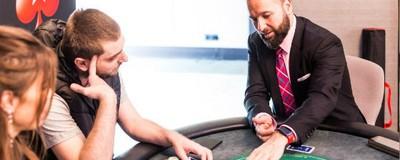 Am jucat poker cu Daniel Negreanu și mi-a cântat din Gică Petrescu