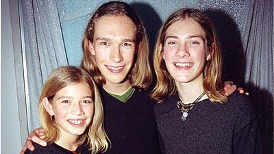 Hanson Reveals the Surprising Story Behind 'MMMBop'