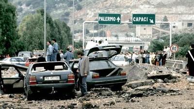 Sangue, panico e un 'muro d'asfalto': cosa ho visto coi miei occhi quel giorno a Capaci