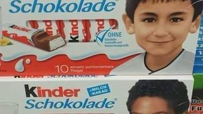 Pegida-Anhänger rasten wegen deutschen Nationalspielern auf der Kinderschokolade aus