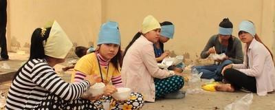 Женщин, которые шьют одежду для H&M, увольняют за беременность