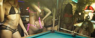 Fotos da vida nos clubes de striptease de Atlanta