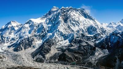O femeie a murit pe Everest, după ce a vrut să arate că veganii sunt cei mai tari