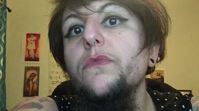 Ce que ça fait d'être une femme à barbe