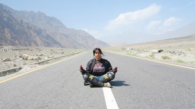 Meet the Female Motorcyclist Riding Solo Across Pakistan