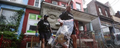 Toronto Cops Raid Pot Dispensaries in Massive Citywide Crackdown