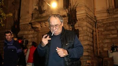 Am vorbit cu Ovidiu Ioanițoaia despre cum era televiziunea în anii '90, când se fuma în direct