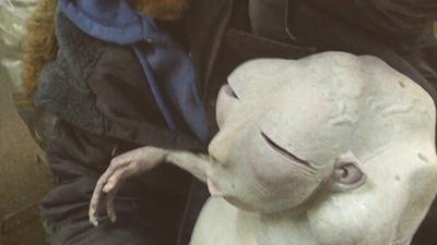 'Der Nachtmahr'-Regisseur AKIZ über Monster in Gleitgel und das Unvermögen deutscher Produzenten