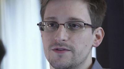 Hot for Hacker: Meet the Women Obsessed with Edward Snowden