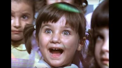 Melodiile astea românești, care ți-au nenorocit copilăria, sună la fel de oribil și acum