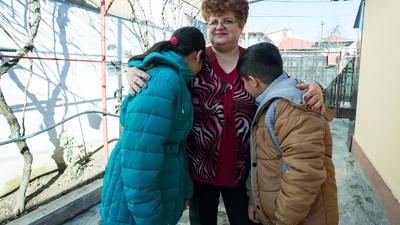 Asistenţa maternală în România e un fel de ruletă rusească pentru copii