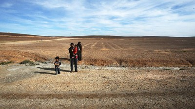 Syrian Refugees on Giving Birth in the Desert
