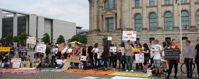 Was ich als Hardcore-Demo-Tourist in Berlin gelernt habe