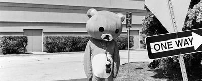 Retratos em preto e branco da maior convenção de anime do Canadá