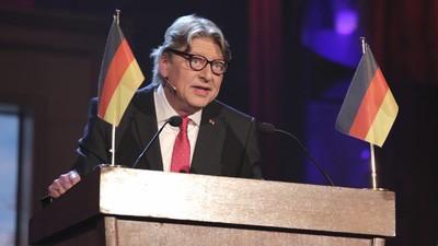 Dschungelveteran Walter Freiwald erzählt uns, wie er Bundespräsident werden will
