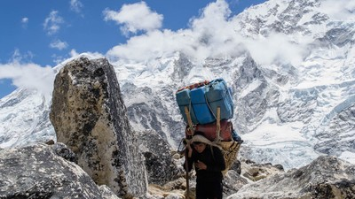 ​Sherpa Describe Why They Returned to Everest after the Deadliest Season Ever