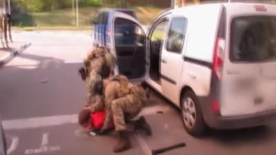 Video von der Verhaftung des Neonazis aufgetaucht, der Anschläge bei der EM in Frankreich verüben wollte
