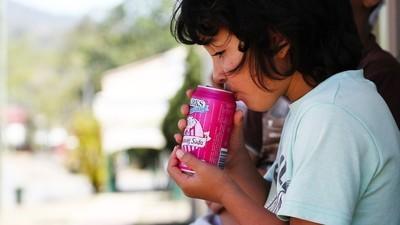 Cukr má na dětský mozek stejný účinek jako zneužívání či jiné životní trauma