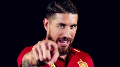 Arrodillaos ante el nuevo himno (y vídeo) de la selección española