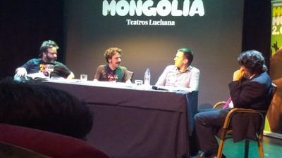 Así fue el show de Pedro Sánchez y la Revista Mongolia