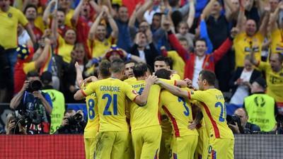 Meciul echipei naționale cu Franța ți-a arătat că românilor le place să se îmbete cu apă rece