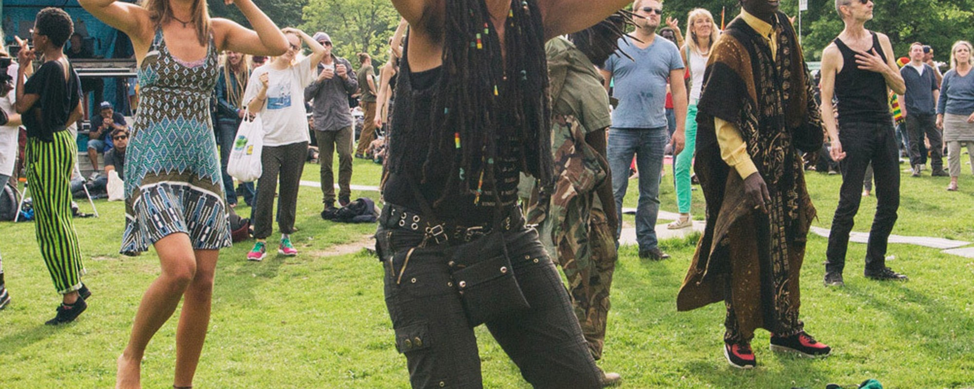 Stonede koppies en protestdansjes op Cannabis Bevrijdingsdag